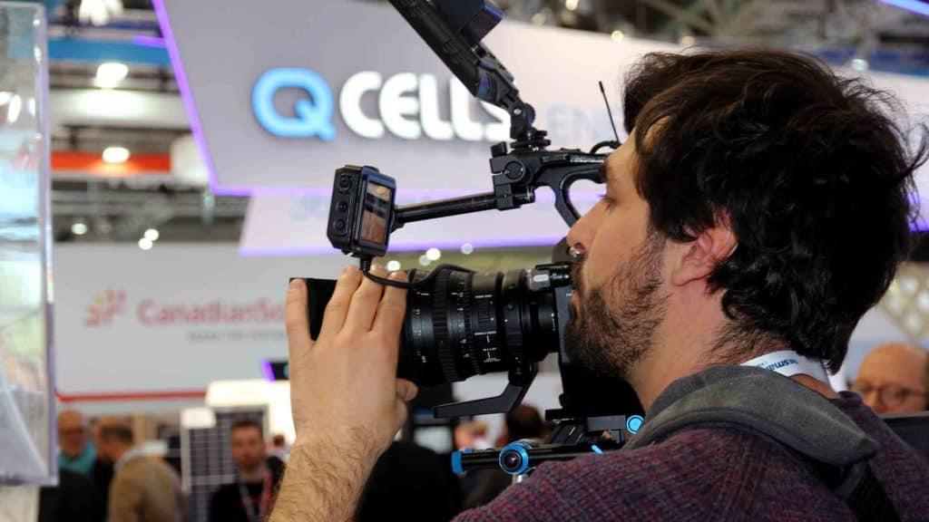 Kameramann VORSATZ.MEDIA auf der Smarter E 2019